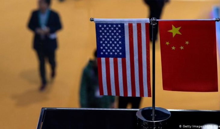 """China warns US that the veto to Huawei could """"damage"""" its trade relations"""