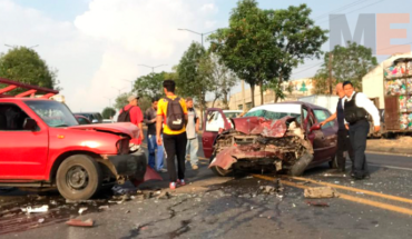 Collision between 2 vehicles leaves 3 wounded in Av. Madero Poniente de Morelia