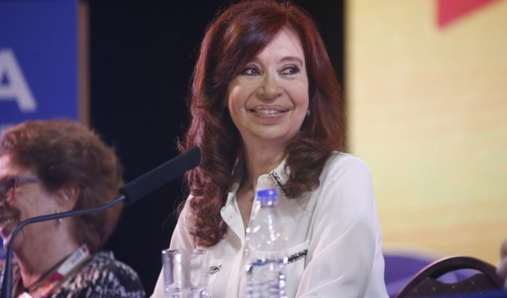 """Cristina presented her book: """"We have to make a social contract for Argentines"""""""