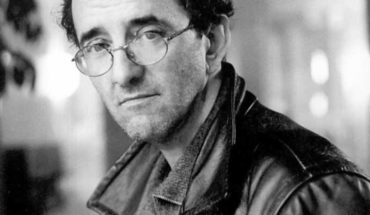 """Criticizes the book """"The route of the red Children"""" of Nibaldo Steel: The poetic glare of Robert Bolaño"""