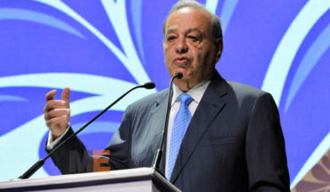 """""""Expanding Internet coverage is not only cablecitos and fiber optics"""": Carlos Slim"""