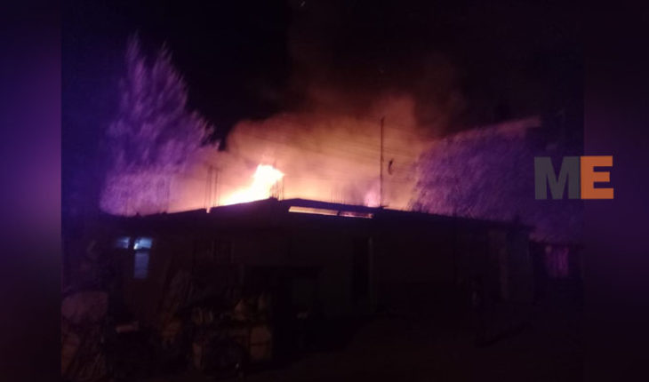 Fire consumes five houses and leaves affected seven others in Zamora, Michoacán
