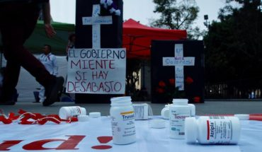 HIV carriers reported shortages of medicines
