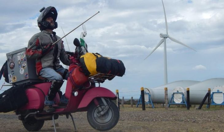 He crossed the mountain range and fulfilled 500 days of travel in his scooter
