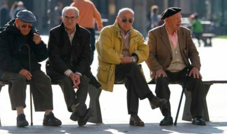 In Mendoza, the largest of 70 can travel free in collective