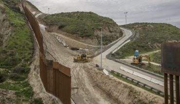 Less Mexicans believe that Trump is going to build the wall