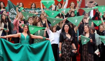 """""""Let It Be Law"""": the film about abortion that dyed the Festival of Cannes Green"""