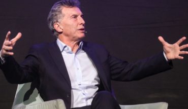 "MACRI's reaction: ""Back to the past would be self-destructing"""