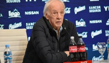 "Menotti flattered to Messi: ""Add to the four biggest in history"""