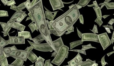 More than 2 billion dollars escaped in April: what happened?