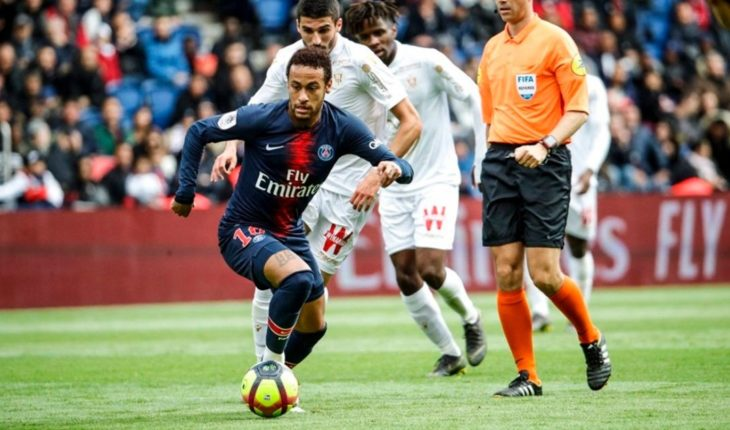 Neymar, in the eye of the storm: 3 dates suspended by hitting a fan