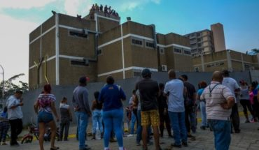 Riot in Venezuela: 29 prisoners killed and 19 police wounded in riot at police detention center in Acariagua
