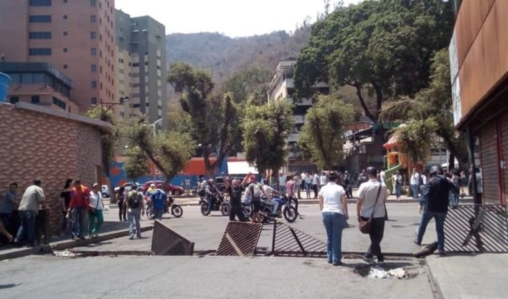 """Tension continues in Venezuela and United States discusses """"military action"""""""