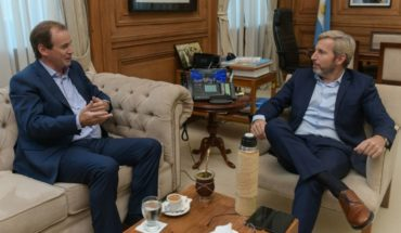 The dialogue began: Scioli and two governors went to the pink House