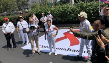 They protest in CDMX by shortages of antiretroviral drugs in at least six States in the country