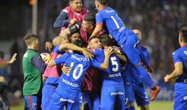 Tigre thrashed 5 a 0 a Atlético Tucumán and strokes the final of the Super League Cup