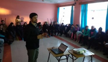 Use or not technology in classes? The bet of the school of Chile Chico when using digital tools