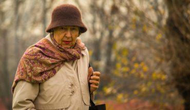 Aumento mamario ha explotado en un 110% en personas de la tercera edad