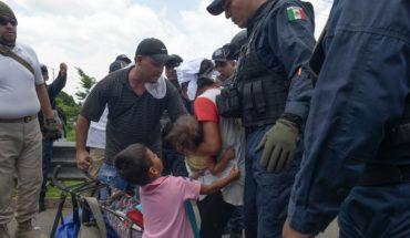 Autoridades frenan a caravana de 1,200 migrantes en Chiapas