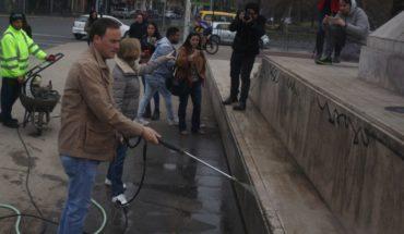 """Campaña """"Cero Rayados"""": operativo de limpieza se toma Plaza Italia"""