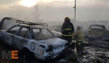 Centenar de autos incendiados; todo el corralón de morelia