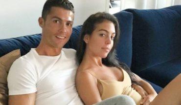 Cristiano Ronaldo y Georgina Rodríguez siguen presumiendo sus vacaciones, ahora en un yate