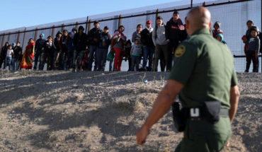 """Después del acuerdo, EU envía a México ocho mil migrantes. Salimos """"con la dignidad intacta"""": Marcelo Ebrard"""