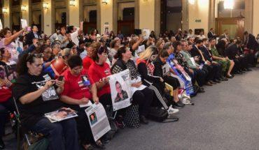 Familiares exigen a AMLO buscar con vida a desaparecidos