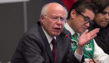 Narro renuncia al PRI y acusa intervención del gobierno en proceso interno