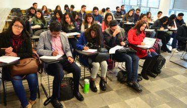 SEP reduce beca para que alumnos de UNAM estudien fuera