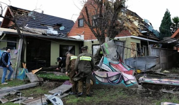 A tornado in southern Chile left wounded and caused damage