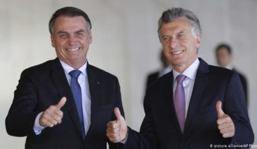 Argentina and Brazil negotiate the creation of a common currency