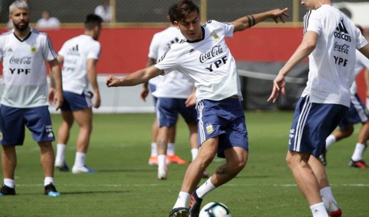 Paulo Dybala shows up Argentina's headlines to face Qatar