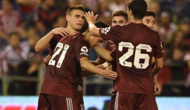 River beat Chivas 5-1 in his first friendly of the season