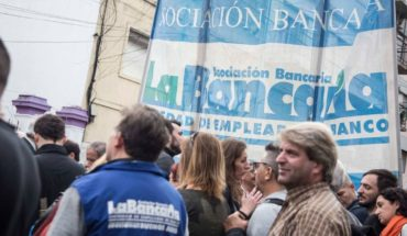 The bank asks to resume joint and denounce an attempt at Labor flexibilization