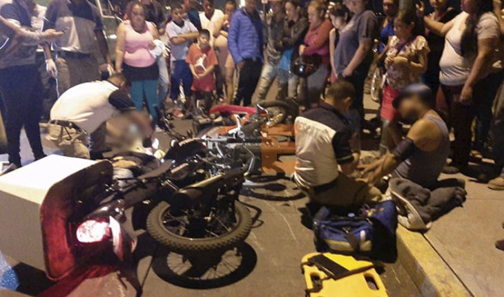 Two wounded, result of a clash between motorcycles in Zamora