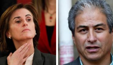 """Verbal cross between Mineduc and teachers: Cubillos called them to """"reconsider"""" and Aguilar replies that the minister is in """"a parallel world"""""""