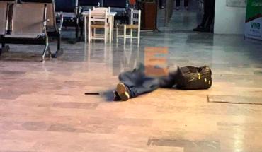 Asesinan a un ex autodefensa de Coahuayana en la central camionera de Colima