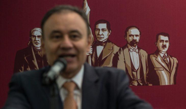 Calderón y grupos de interés buscan sacar raja con protestas de policías: Durazo