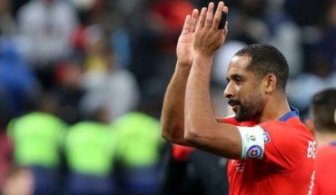 Definitivo: Beausejour anunció su retiro de la selección chilena