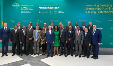 Aspiraciones rusas en África. Foto de familia de la 26ª conferencia anual del African Export-Import Bank con la participación de Dmitri Medvédev, primer ministro de la Federación Rusa. Foto: The Russian Government (CC BY 4.0)