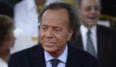 Justicia española reconoce a un hombre de 43 años como hijo biológico de Julio Iglesias