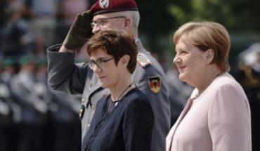 """Merkel recuerda a """"patriotas"""" que intentaron matar a Hitler"""
