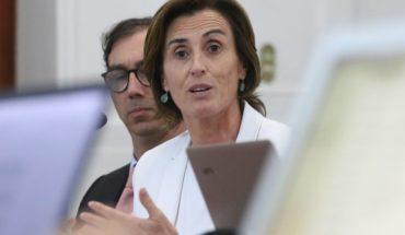 """Ministra Cubillos aseguró que comenzaron a """"implementar muchas de las cosas que se conversaron con el Colegio de Profesores"""""""