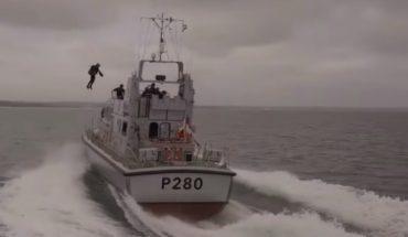 [Video] Un Iron Man verdadero fue presentado por la Marina Real británica en el Canal de la Mancha