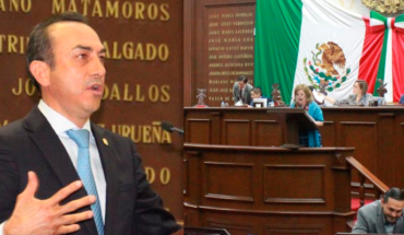 Circus and maroma in the Michoacan Congress by glosa on public works