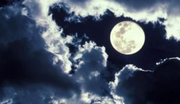 Eight great songs about the moon