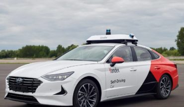 Hyundai and Yandex team up to take self-driving taxi to Russia