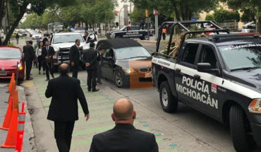 The remains of the Secretary of Public Security of Michoacán arrive in Guadalajara for his funerals