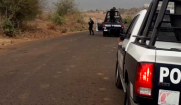 They find a policeman's body inside a van in Villamar, Michoacán